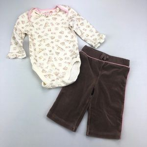 4/$25 Cream,Pink and Brown Onesie and Jogger Pants
